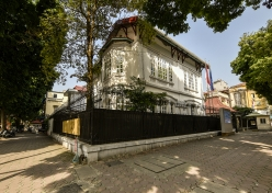 Old villa at No.40 Tran Hung Dao Street